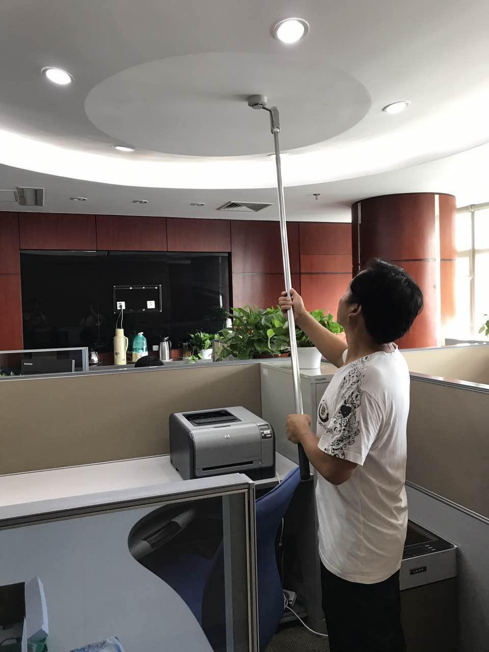 实业公司组织对大厦消防设施设备检测及租户消防安全检查